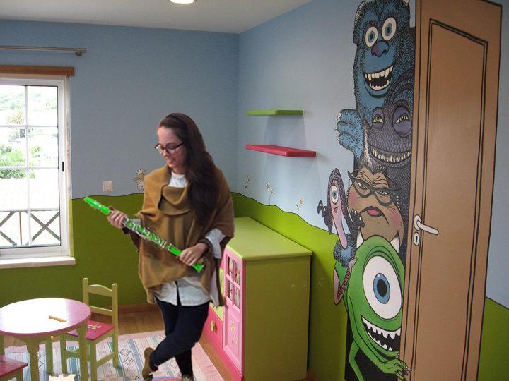 Bamble, Neuza, embracing the happiness of children